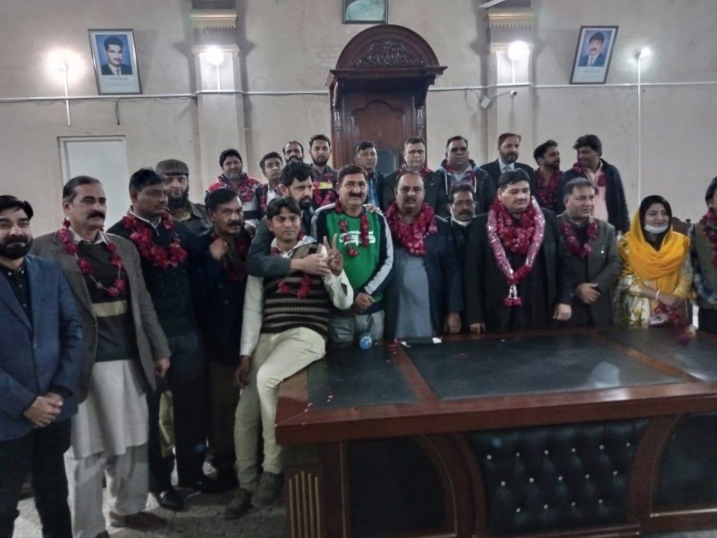 فیصل آباد یونین آف جرنلسٹس کے انتخابات ، ندیم جاوید صدر آصف غفار جنرل سیکریٹری منتخب