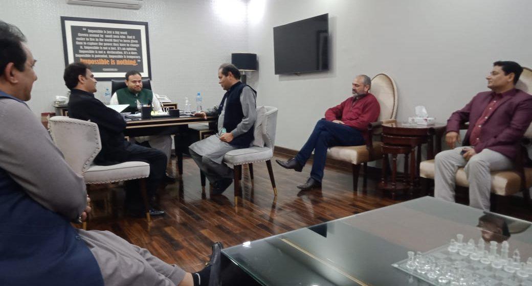 پنجاب یونین آف جرنلسٹس کے وفد کی پی این این کے چیئرمین وسیم قریشی سے ملاقات