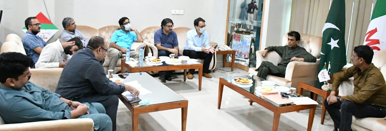 ایم کیو ایم صحافیوں کے تحفظ کے قوانین کی اسمبلیوں سے منظوری کی حمایت کرے گی، خالد مقبول صدیقی